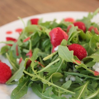 Arugula Salad with Raspberry Dressing