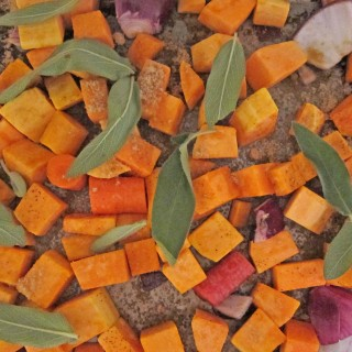 Roasted Carrot & Squash Soup #CutcoFallHarvest